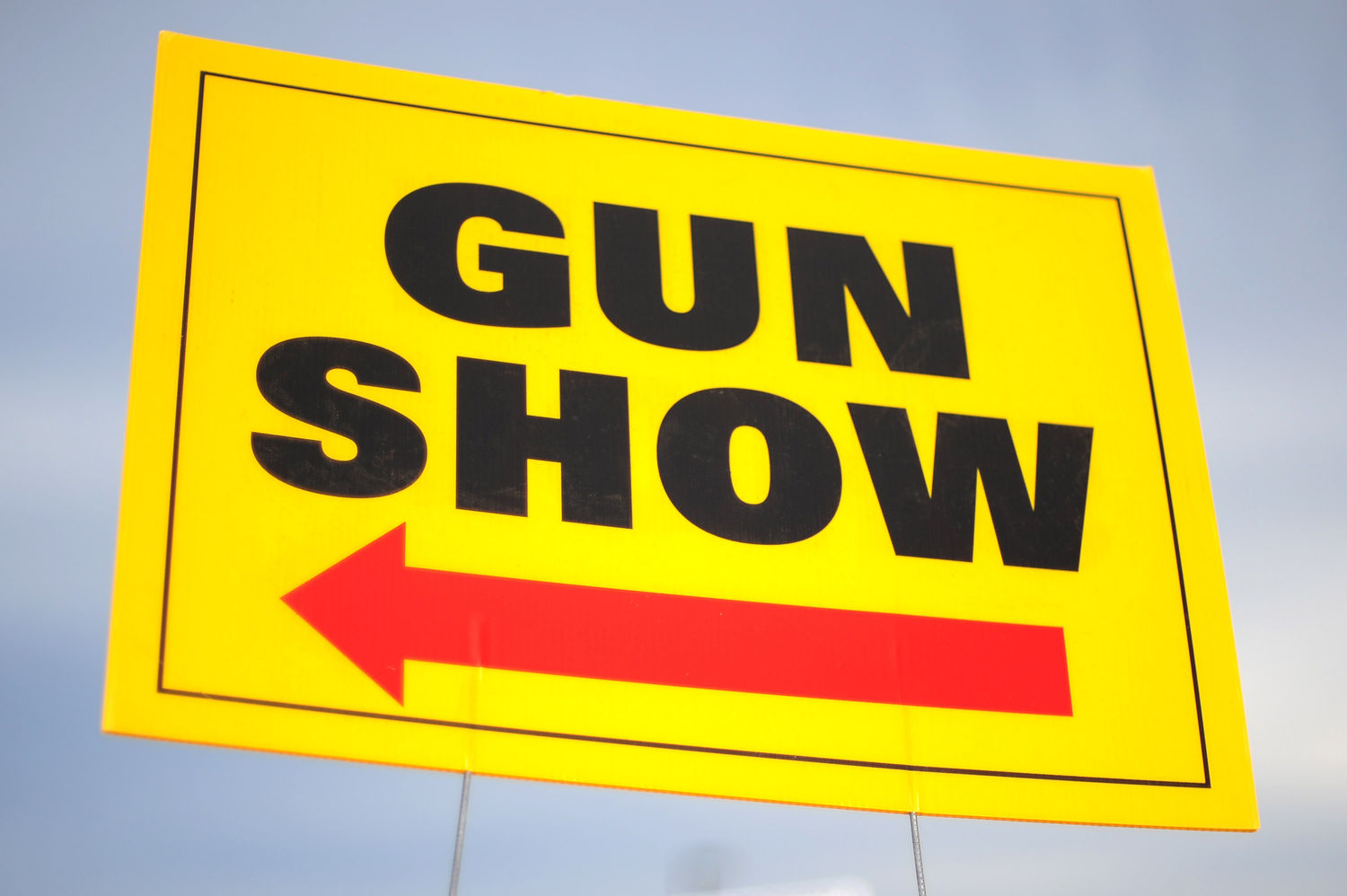 Gun Show sign in Chantilly, Virginia