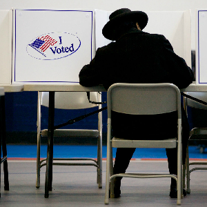 Study Finds Record-Low Midterm Turnout Amid Widespread Discontent