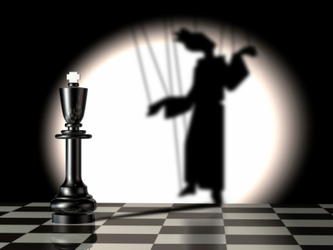 puppet chess game