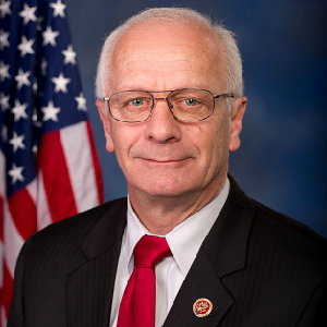 Congressman Returns U.S. Chamber Of Commerce Award Over Chamber's Pro-Amnesty Stance