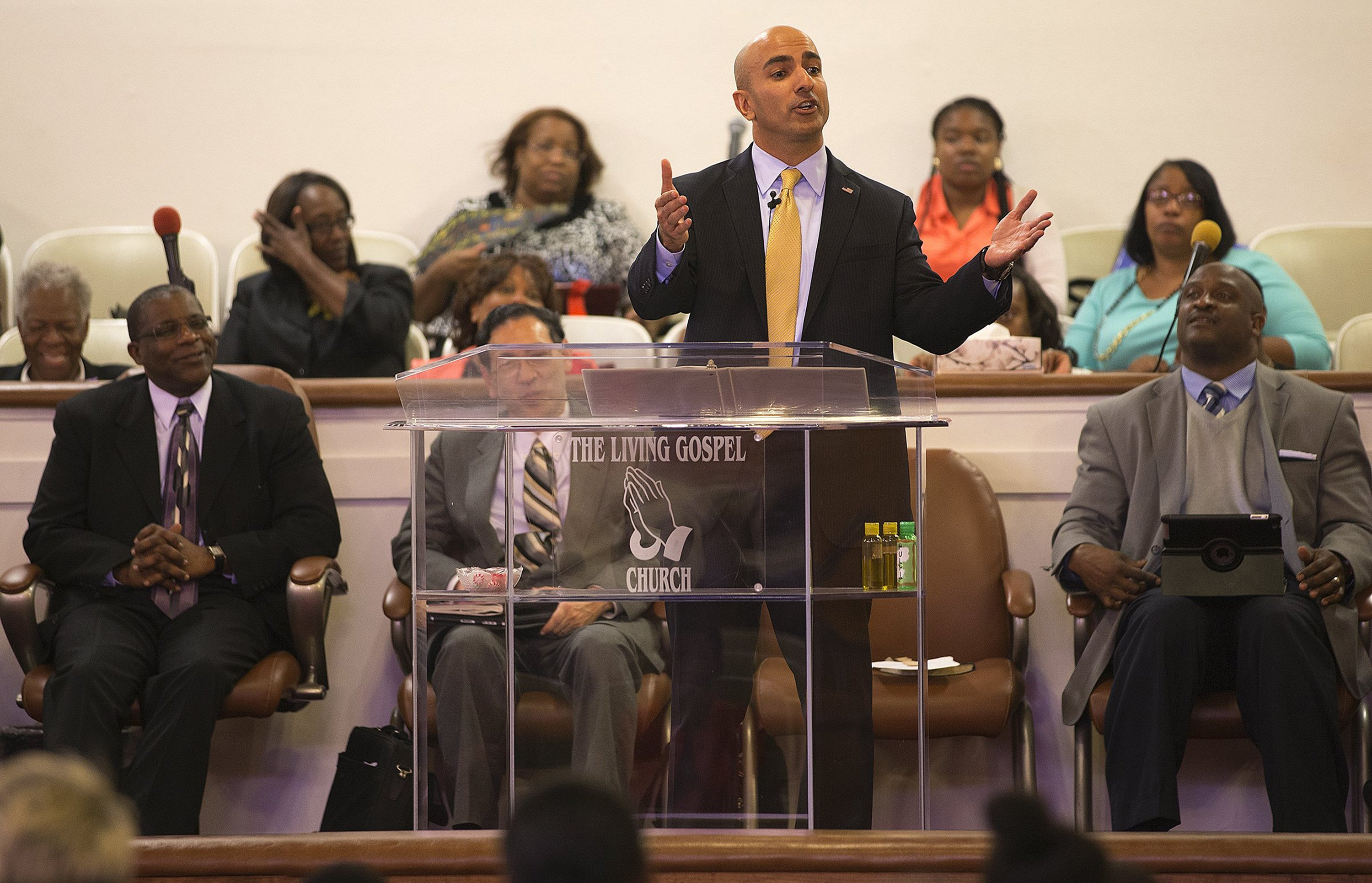 California Republican gubernatorial candidate Neel Kashkari speaks at the Living Gospel Church during Sunday service on June 15, 2014, in Los Angeles. (Gina Ferazzi/Los Angeles Times/MCT)