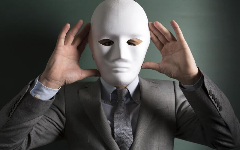 masked politician