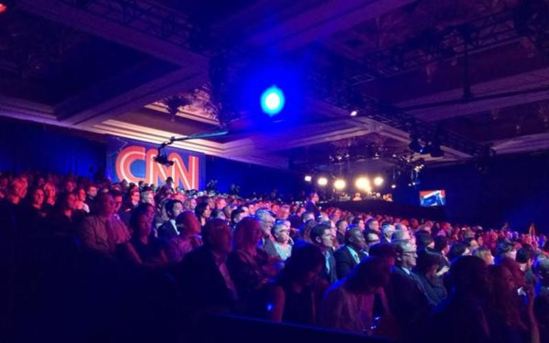 audience at CNN Democratic debate