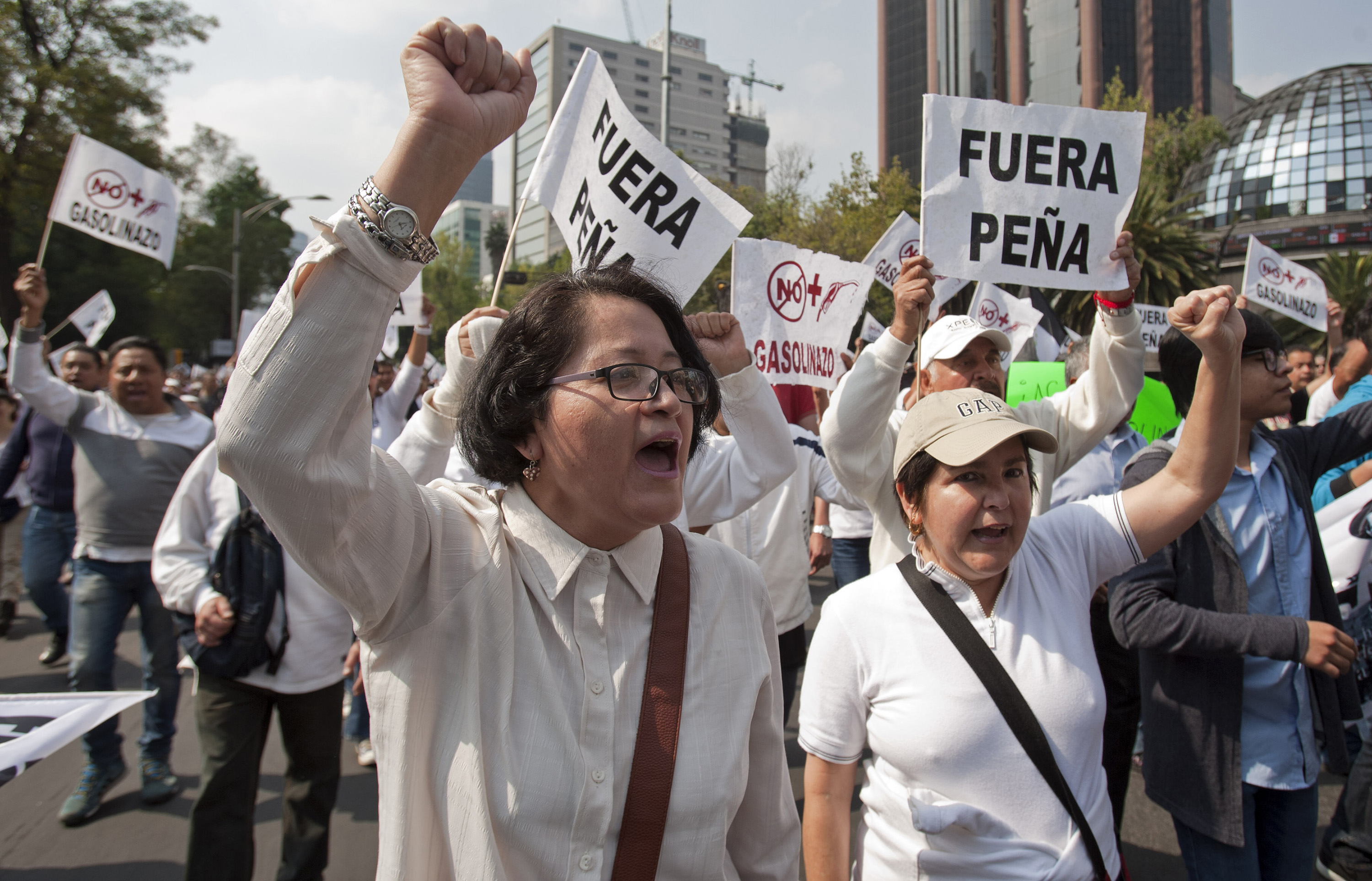 social protest in mexico essay Poverty in mexico city persists although mexico has the 13 th largest economy in the world,  poverty is one of the many social issues that the country struggles to .